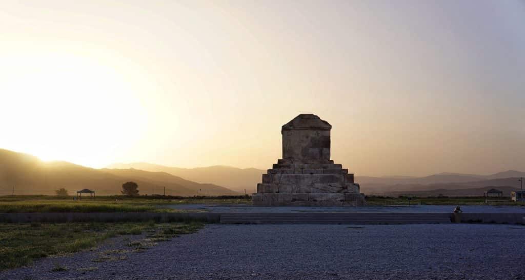 hrobka Kýrose Velkého v Pasargádách, Fárs-Írán, zapsaná na seznamu UNESCO