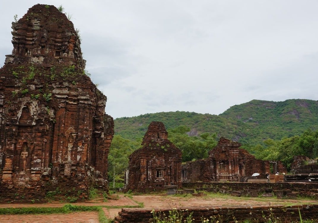 rozvaliny chrámů v My Son na seznamu UNESCO